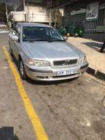 2000 Volvo S40 Automatic, Silver with Dark Grey Leather