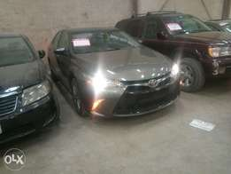 Clean Toyota Camry SE 2015 Sport Edition