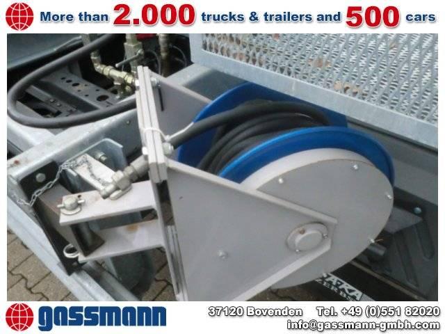 - Tank-aufbau - 2002