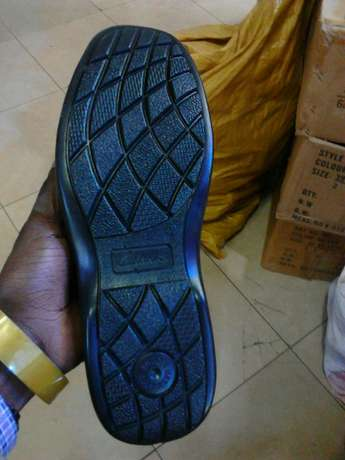 Rubber sole formal shoes for men. Brand new. FREE DELIVERY. Nairobi CBD - image 8