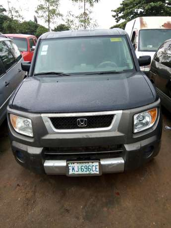 Nigerian used Honda Element 2004 Agege - image 2