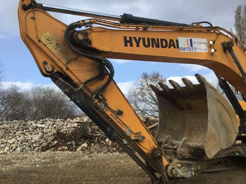 Hyundai HX330L - 2015 - image 20