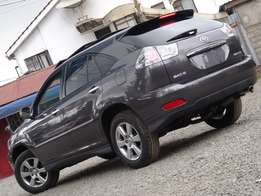 2010 With sunroof Toyota Harrier on offer like LEXUS rx