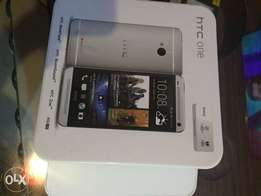 brandnew htc one m7 32gb 2gb silver