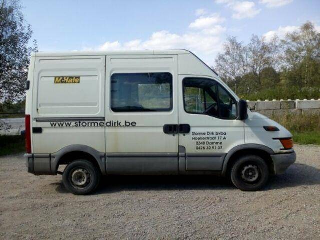 Iveco Daily : 7 sitze - 2000