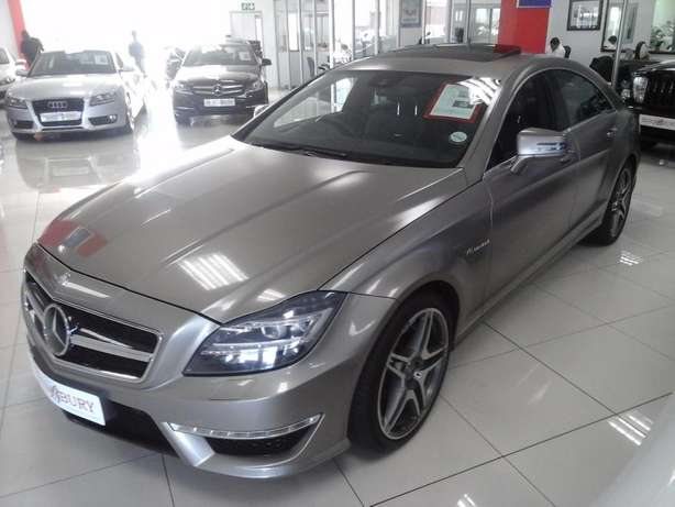 2012 Mercedes Benz CLS 63 AMG V8 Bi-Turbo Salt River - image 2
