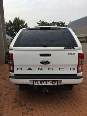 2012 Ford Ranger double cab 2.2 XLS 4x2 Hartbeespoort - image 3