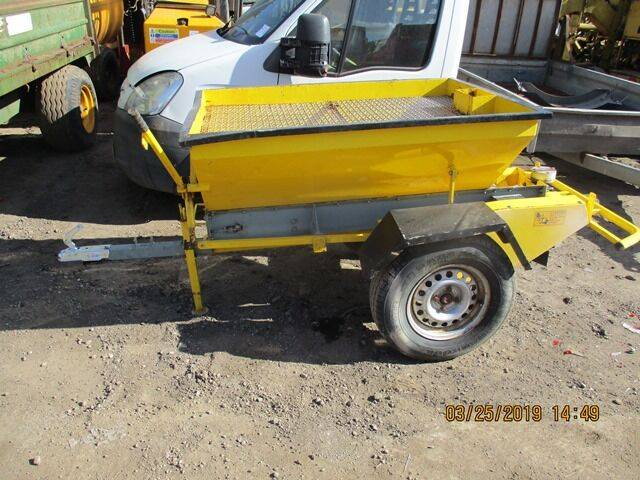 Sale towed gritter  gritter for  by auction