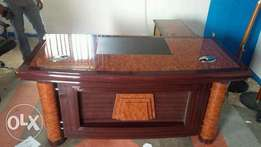 Executive Office Table 00800