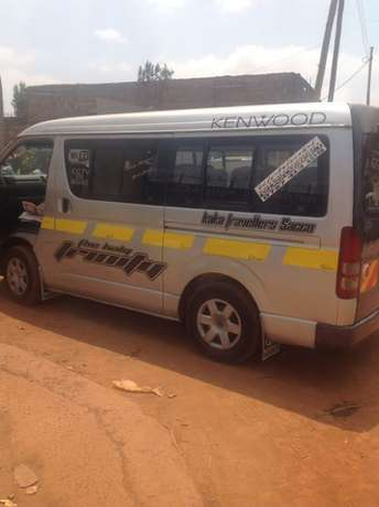 Toyota hiace 2008 model super clean 18 seater Nairobi CBD - image 2
