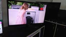 32 inches Samsung Led flat screen