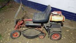 Ride on lawnmower for sale