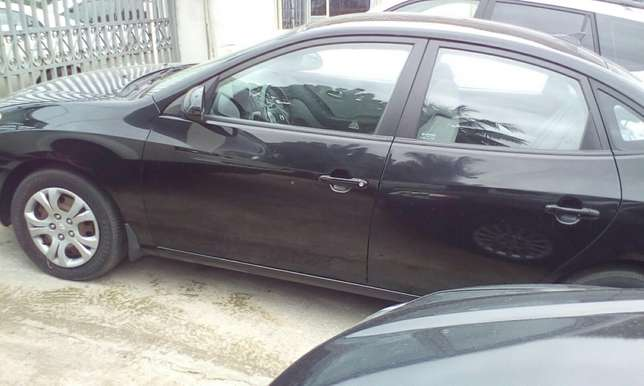 Neat 2010 Toks Hyundai Elantra Up For Grabs!! Lagos Mainland - image 2