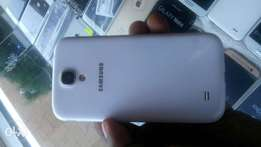 Used but in awesome condition samsung S4