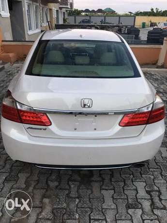Not Registered Clean 2013 Honda Accord. (THUMBSTART) Lekki - image 8