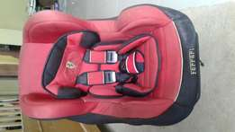 Car baby seater