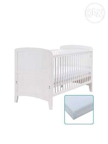 Baby bed Mothercare with mattress and protector