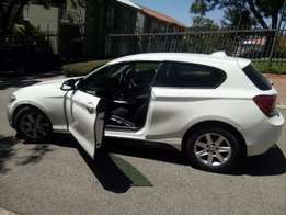 2013 BMW 121 1 series selling price R 129,999 Negotiable
