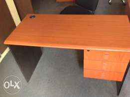 staff 4ft office table