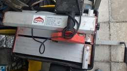 TH180/550 Tile cutter
