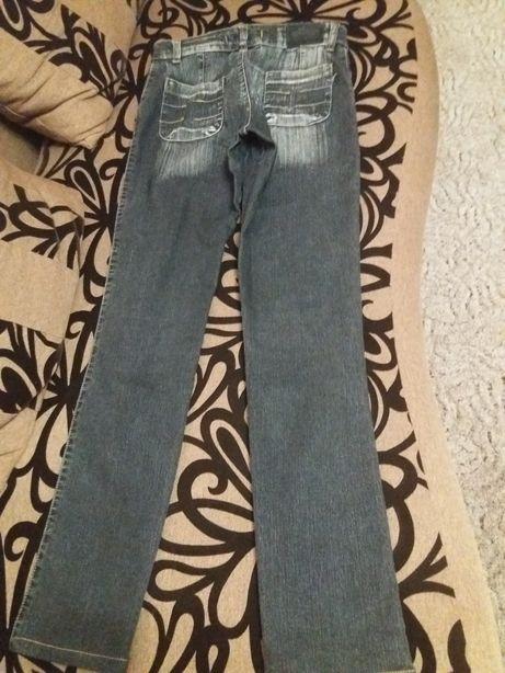 Джинси жіночі  250 грн. - Жіночий одяг Чернівці на Olx cdb79786b305d