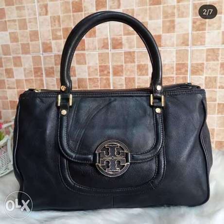 affordable items all original with serial number as new المنيل -  2