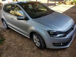 Polo 1.6 comfortline sunroof and automatic excelent condition