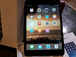 Apple Ipad mini 2 wifi and cellular 16GB with charger