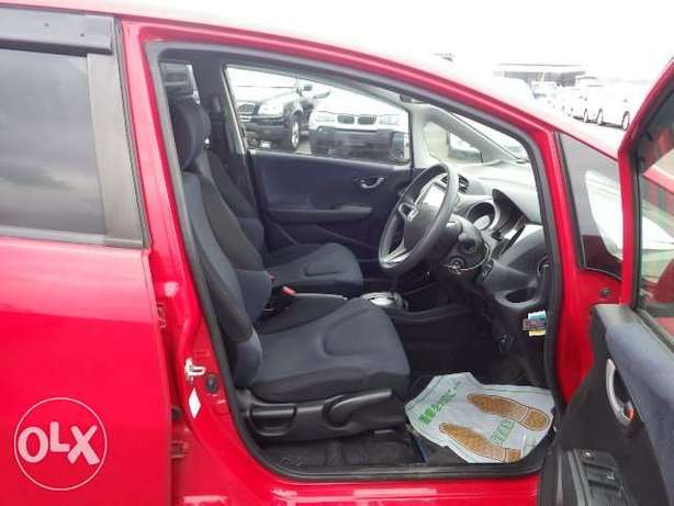 Honda fit 2010 - fully loaded with DVD screen Mombasa Island - image 6