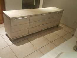 Beautiful media entertainment unit for sale CASH ONLY NO EFTS THANKS