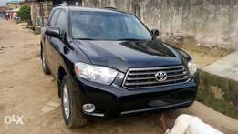 Toyota Highland 08 model toks full options accident free lagos cleared