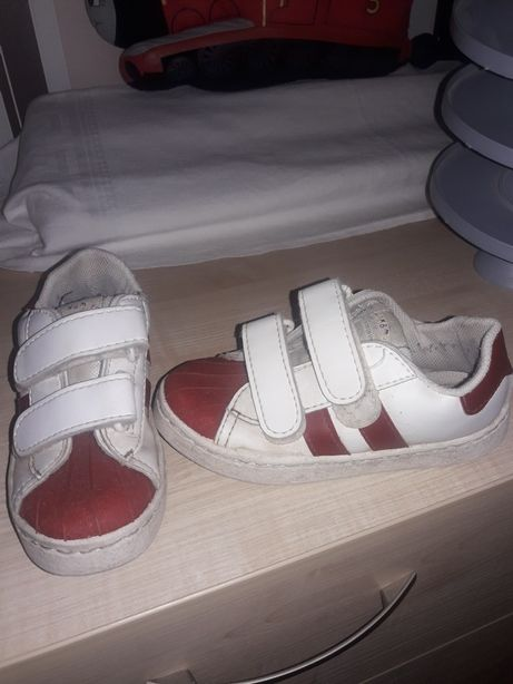 f61ea0b1f Детские кроссовки 29р: 60 грн. - Детская обувь Запорожье на Olx
