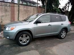 ADORABLE MOTORS: A super clean & sound 08 Toks Rav4.