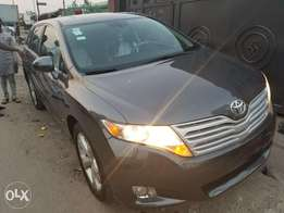 Cleanest Toyota Venza (Full Option)
