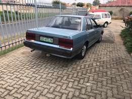 Nissan Skyline 2.0 GL manual