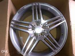 19inch M/Benz 5/112 rep. mags 2off