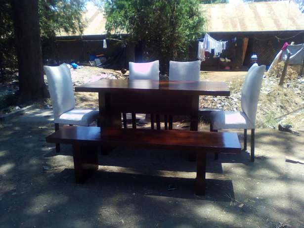 Modern dining set... Free delivery Westlands - image 2
