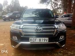 New Landcruiser VXR LOCAL elderly owner