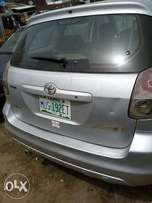 Nig used Toyota matrix 2004 model for sell