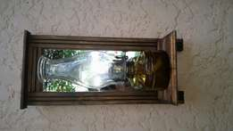 Gift. Lamp with stand an mirror