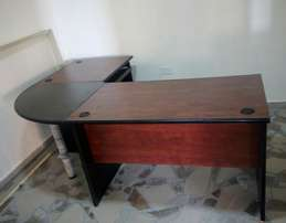 Modern Manager Office Table (0963)