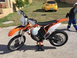 KTM 500 XC-W powerful dirt bike