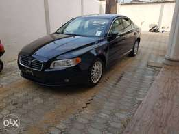 Toks 09 Model Volvo S80 Super Clean