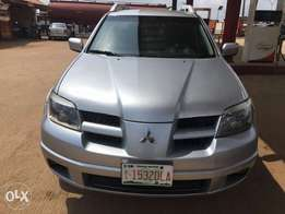 Mitsubishi Outlander Direct Tokunbo 2007 model 4 sale