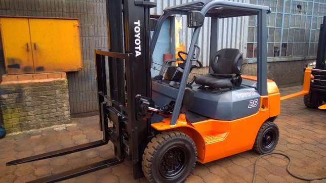 toyota forklift 2.5ton 7series East Rand - image 2