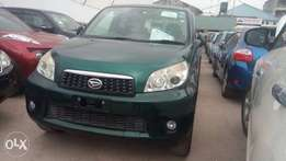 Light green nissan Xtrail
