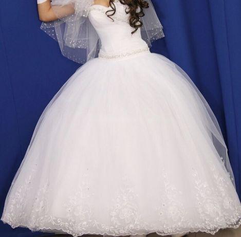 Весільне плаття 88b2b47452c5c