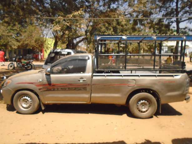 Toyota hilux pickup for sale Wote - image 3
