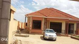 Najera road, Hot house on sell