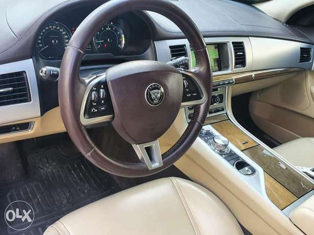 Jaguar xf premium luxury. 2 tone interior color 6 أكتوبر -  3